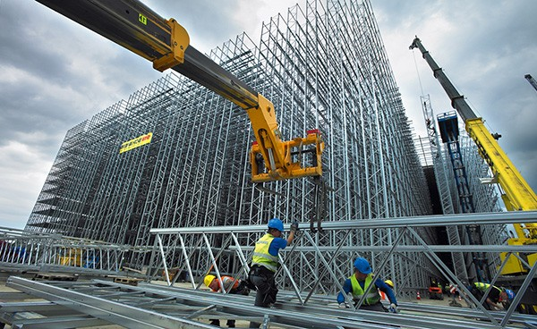 огромный проект монтажа металлоконструкций
